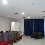 Pintu lipat yang cocok untuk membagi ruang meeting, kelas, kantor, ballrom, ruang ibadah dll