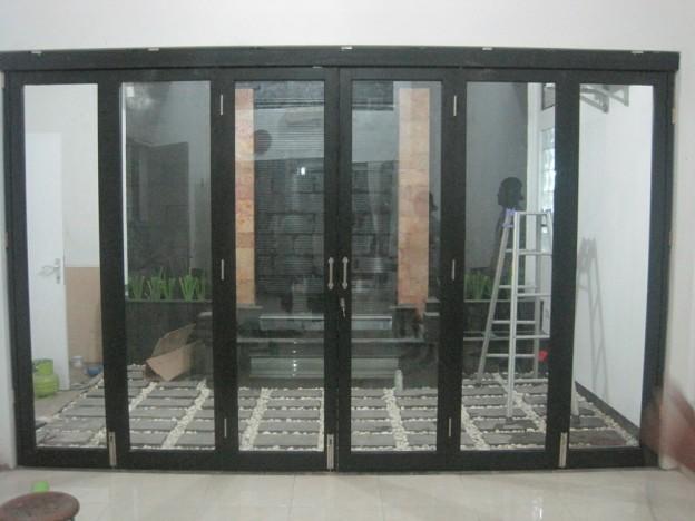 Solusi Penyekat Ruangan Yang Pintar | partisi ruangan lipat atau geser | pembatas ruangan